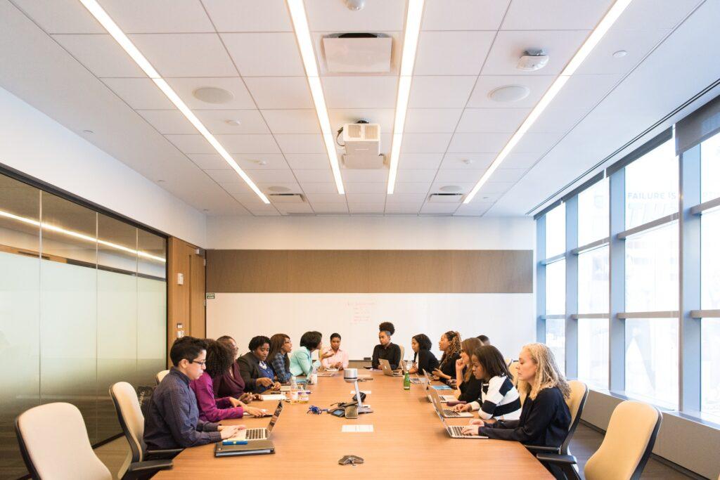 Efficience et bonnes pratiques organisationnelles